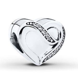 "Pandora ""Charm Dreams of Love"" Charm"